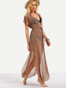 Vestido escote v transparente
